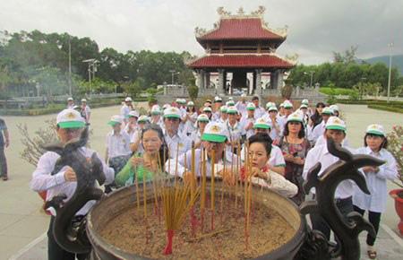 Mỹ phẩm Vĩnh Tân: Hành trình về vùng đất tâm linh