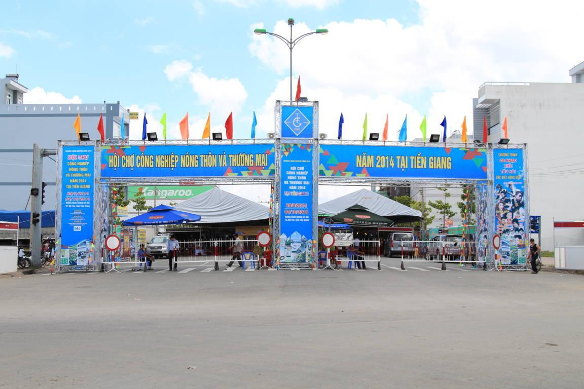 Mỹ phẩm Vĩnh Tân tham gia hội chợ Công nghiệp nông thôn và thương mại tại Tiền Giang